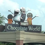 Photo taken at Hershey's Chocolate World by Ric F. on 8/17/2012