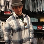 Photo taken at Perry Ellis - Wrentham Village Premium Outlets by Nick T. on 5/1/2012