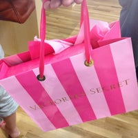 Photo taken at Victoria's Secret PINK by Junior P. on 7/31/2012