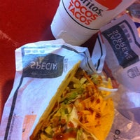 Photo taken at Taco Bell by Mario on 3/23/2012