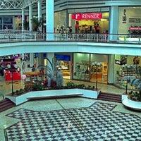 Photo taken at Minas Shopping by ☞ Mario S. on 2/10/2012