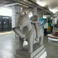 Photo taken at Gyeongbokgung Stn. by 인호 김. on 9/6/2011