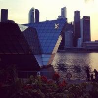 Photo taken at Louis Vuitton Island Maison by Kristina A. on 8/19/2012