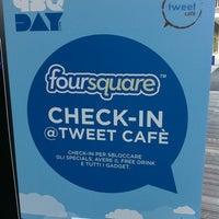 Photo taken at Tweet Cafè by deadmanwriting on 4/16/2011