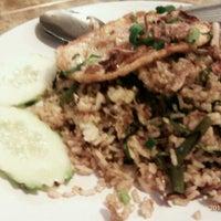 Photo taken at Restoran Anjung Merah by Hisa S. on 12/3/2011