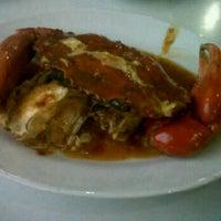 Photo taken at DADU Seafood by Raditya R. on 9/9/2011