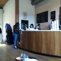 Photo taken at Stumptown Coffee Roasters by Kina M. on 4/19/2011