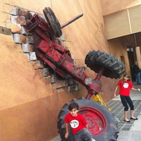 Photo taken at Disaster!: A Major Motion Picture Ride...Starring You! by Edilberto D. on 1/11/2012