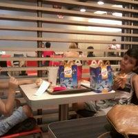 Photo taken at McDonald's by Wânia O. on 7/29/2012