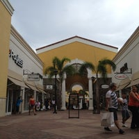 Photo taken at Orlando International Premium Outlets by Evelyn R. on 8/28/2012