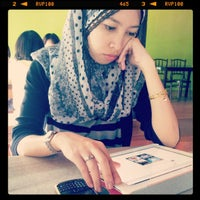 Photo taken at Red Carrot Cafe by Budok's G. on 4/7/2013