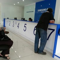 Photo taken at Samsung Malaysia Electronics (Sabah Sales Branch) by Leanne L. on 12/18/2012