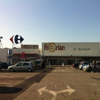 Centre Commercial Carrefour Le Merlan