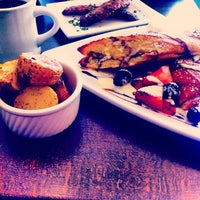 Photo taken at Starling Diner by Tonio B. on 5/9/2013