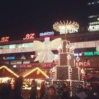 Photo taken at Weihnachtsmarkt an der Gedächtniskirche by Karina K. on 11/27/2012