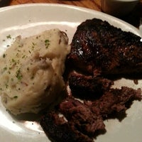 Photo taken at Outback Steakhouse by Monsan C. on 1/27/2013