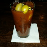 Photo taken at Tommy Nevin's Pub Naperville by John N. on 2/1/2014