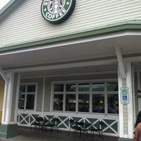 Photo taken at Starbucks by Esther P. on 4/14/2013