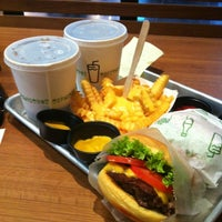 Photo taken at Shake Shack by Off on 11/8/2012