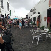 Photo taken at Mercadilllo de Teguise by Roger H. on 9/30/2012