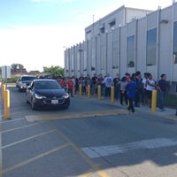 Photo taken at Illinois Secretary of State Driver Services Facility by Paul L. on 6/11/2016
