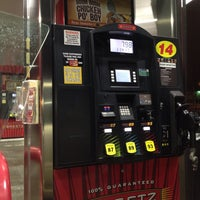 Photo taken at SHEETZ by Ashley G. on 1/26/2014