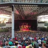 Photo taken at Verizon Wireless Amphitheatre at Encore Park by finnious f. on 7/17/2013