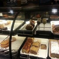 Photo taken at Starbucks by Dex W. on 7/27/2013
