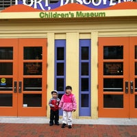Photo taken at Port Discovery Children's Museum by Edlyn S. on 10/9/2012