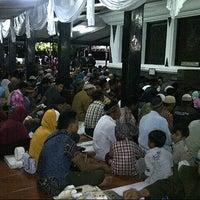 Photo taken at Makam Sunan Kalijaga by R Yudha D. on 10/25/2012