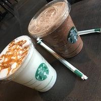 Photo taken at Starbucks by Elza R. on 8/25/2016