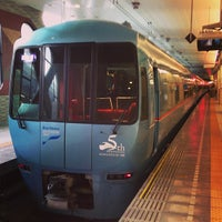 Photo taken at 小田急 新宿駅 2-3番線ホーム by Seika B. on 4/13/2013