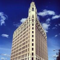 Photo taken at The Emily Morgan San Antonio - a DoubleTree by Hilton Hotel by Jonathan M. on 8/3/2013