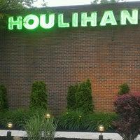 Photo taken at Houlihan's by Susan Christine N. on 6/7/2013
