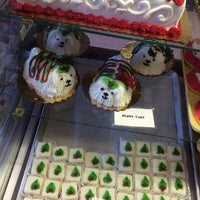 Photo taken at Wilson's Bakery by Hillarie on 12/11/2013