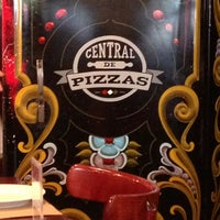 Photo taken at Central de Pizzas by Votche J. on 6/9/2013