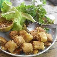 Photo taken at ร้านอาหารเวียดนาม Good Morning Vietnam by Stephen M. on 2/13/2015