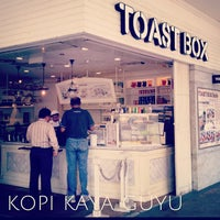 Photo taken at Toast Box 土司工坊 by KING M. on 7/1/2013