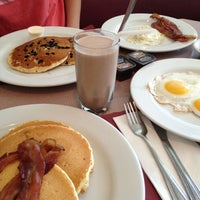 Photo taken at Penny's Diner and Restaurant by Anthony R. on 8/25/2013