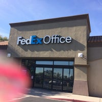 Photo taken at FedEx Office Print & Ship Center by Yxes 💋🌻💃🏽 ☕. on 12/17/2013