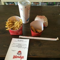 Photo taken at Wendy's by Edward B. on 8/21/2016