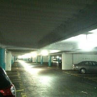 Photo taken at Fifth & Mission / Yerba Buena Garage by Mike D. on 12/25/2012