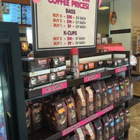 Photo taken at Dunkin' Donuts by Queenette A. on 5/13/2016