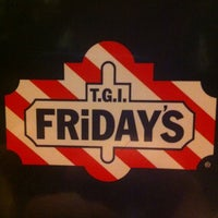 Photo taken at T.G.I. Friday's by Palicz P. on 10/31/2012
