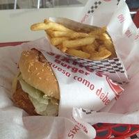 Photo taken at Sixties Burger by Soraya A. on 10/27/2012