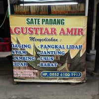 Photo taken at Sate Padang Agustiar Amir by Desi on 1/10/2014