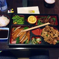 Photo taken at Sumo Sushi by Luis R. on 12/12/2013