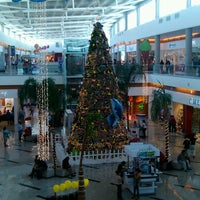 Photo taken at Plaza Valle by Orlando R. on 12/28/2012