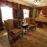 Снимок сделан в Inn at 835 Historic Bed & Breakfast пользователем Inn at 835 Historic Bed & Breakfast 1/9/2015
