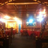 Photo taken at Restaurant Tung Fong by Rodrigo M. on 12/12/2012